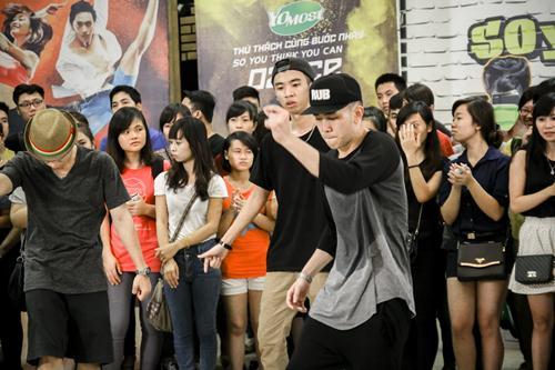 Cháu trai họa sĩ Tô Ngọc Vân mang guốc mộc đi thi nhảy - 10