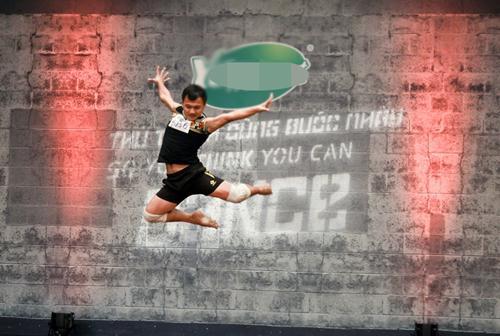 Cháu trai họa sĩ Tô Ngọc Vân mang guốc mộc đi thi nhảy - 7