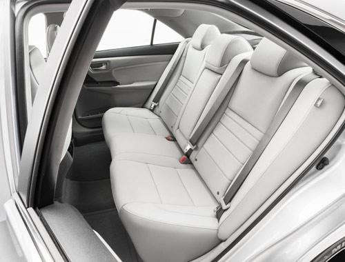 Toyota Camry 2015 chính thức có giá bán - 5