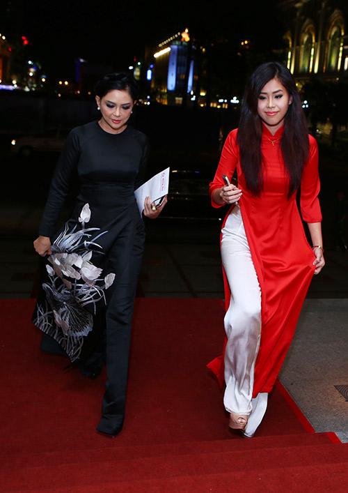 Phái nữ nhà chồng Hà Tăng ngày càng hot - 1