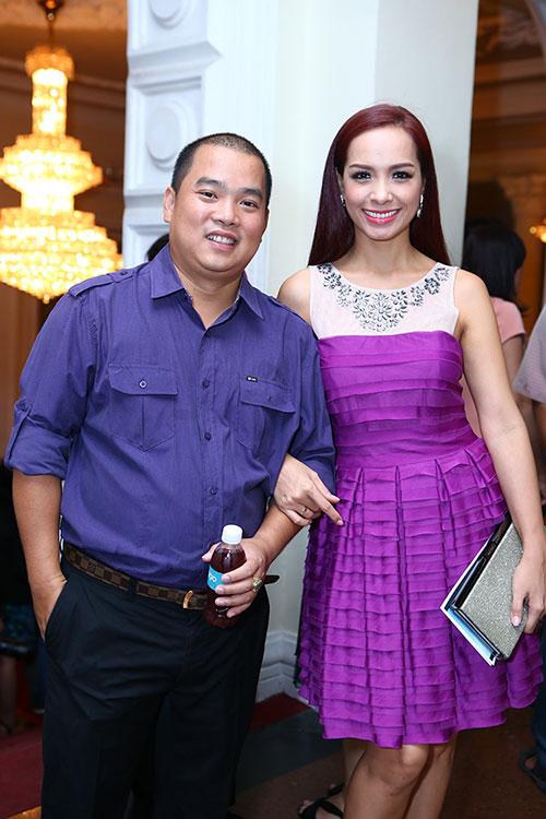 Phái nữ nhà chồng Hà Tăng ngày càng hot - 7