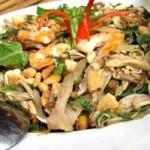 Ẩm thực - Đậm đà bắp chuối trộn tai heo xứ Quảng