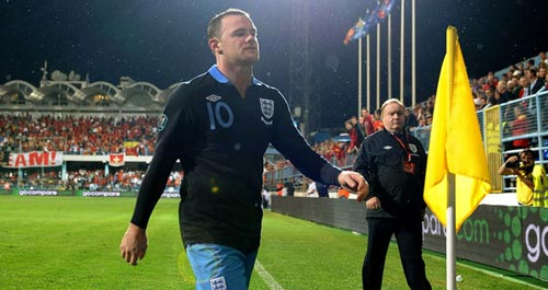 Rooney có còn cần thiết cho MU và tuyển Anh? - 2