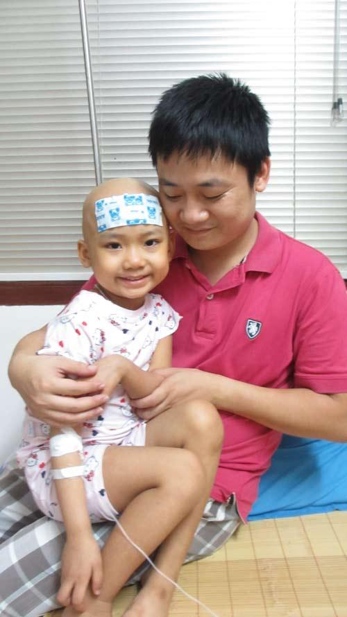 Thương tâm những em bé bệnh máu mong Trung thu đến - 1