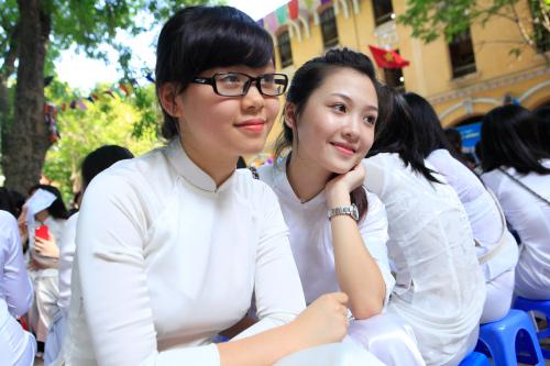 3 nữ sinh học giỏi, xinh đẹp như hot girl - 13