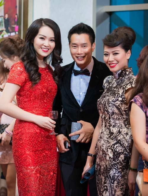 Trương Ngọc Ánh đọ sắc cùng dàn BTV xinh đẹp của VTV - 11