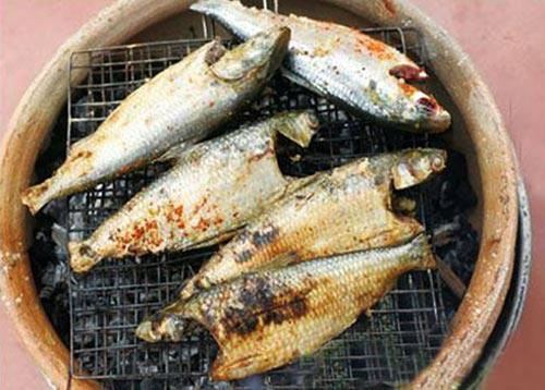 Tò mò món cá mòi nấu rau sam - 2