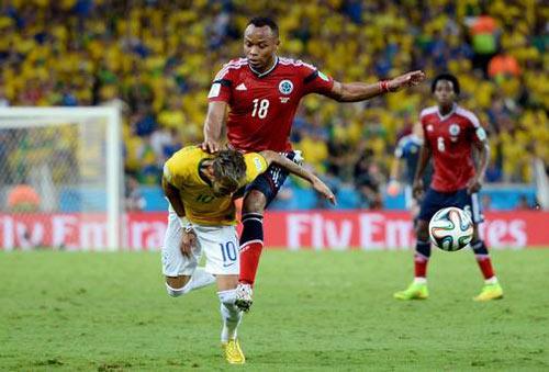 """Bị Colombia """"chặt chém"""", Neymar vẫn tỏa sáng - 1"""