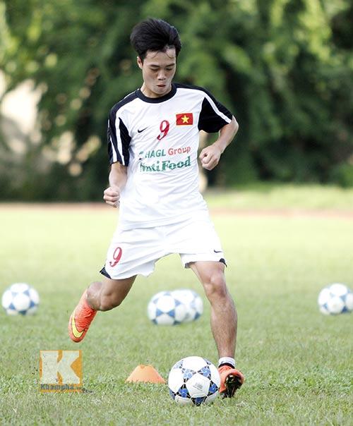 U19 Việt Nam tập dứt điểm để đối đầu U19 Nhật - 3