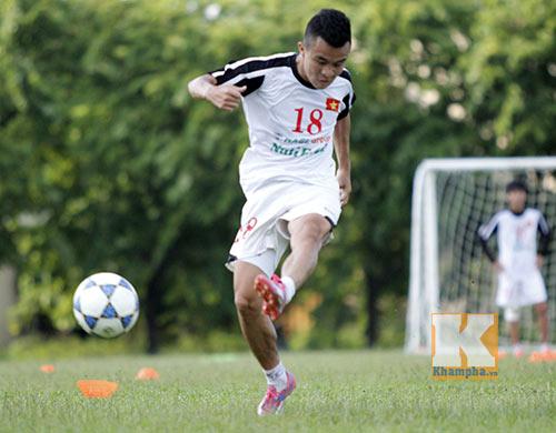 U19 Việt Nam tập dứt điểm để đối đầu U19 Nhật - 4
