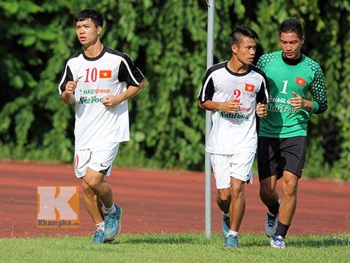 U19 Việt Nam tập dứt điểm để đối đầu U19 Nhật - 2