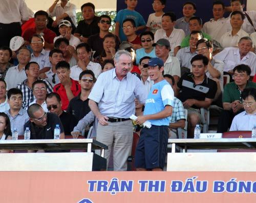 Cầu thủ U19 Việt Nam có cơ hội vào ĐTQG - 3