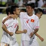 """Bóng đá - HLV Lê Thụy Hải đã """"ngả mũ"""" trước U19 Việt Nam"""