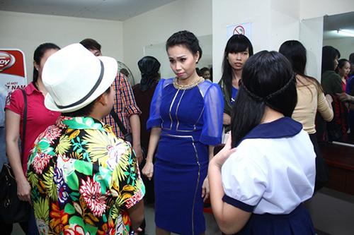 Lam Trường và vợ sắp cưới lại gây chú ý ở hậu trường - 8