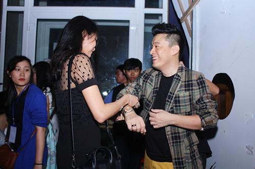 Lam Trường và vợ sắp cưới lại gây chú ý ở hậu trường - 1