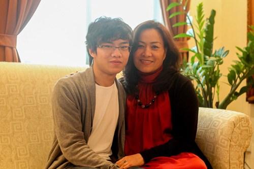 Cậu bé vàng Piano Nguyễn Việt Trung tái ngộ khán giả Việt - 8