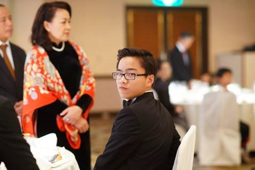 Cậu bé vàng Piano Nguyễn Việt Trung tái ngộ khán giả Việt - 5