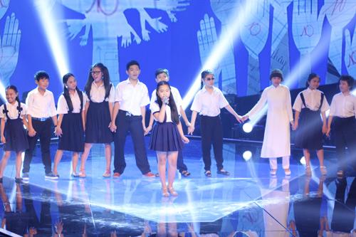 """Trò cưng Lam Trường khoe giọng """"khủng"""" tại The Voice Kids - 2"""