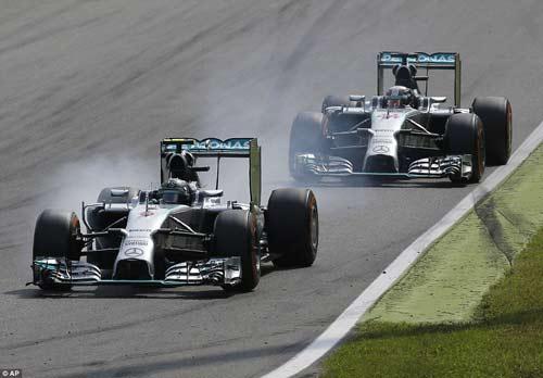 Tin HOT 8/9: Hamilton bênh vực Rosberg - 1