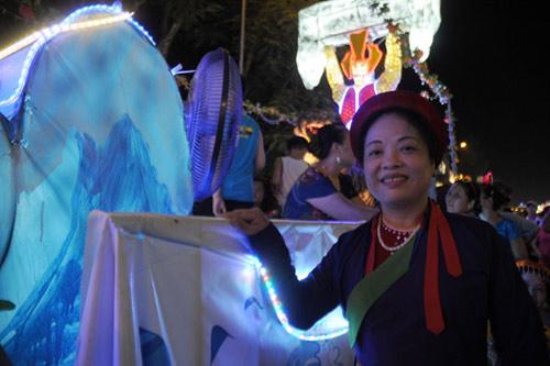 100 đèn lồng khổng lồ hội tụ ở đêm Trung thu lớn nhất VN - 10