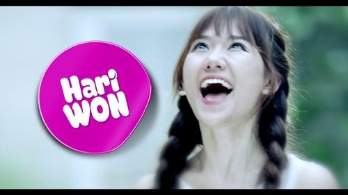 """Sơn Tùng trào nước mắt trong trailer """"Chàng trai năm ấy"""" - 9"""
