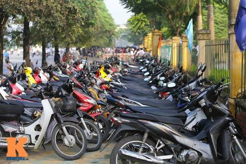 Xếp hàng từ 2 giờ sáng để mua vé xem U19 Việt Nam - 6
