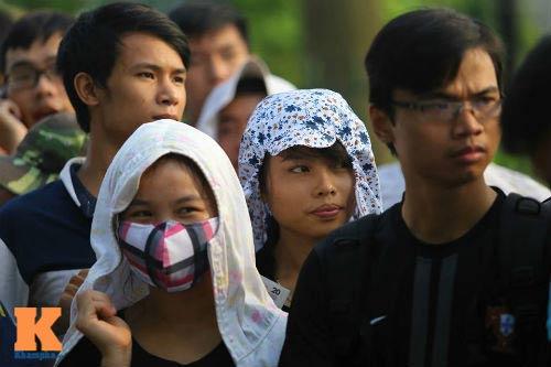 Xếp hàng từ 2 giờ sáng để mua vé xem U19 Việt Nam - 5