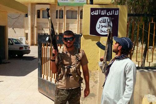 9 lý do khiến phiến quân IS nguy hiểm hơn cả Al Qaeda - 2