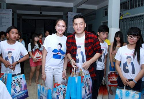"""Lam Trường và vợ sắp cưới """"như hình với bóng"""" - 3"""