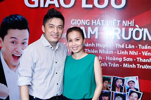 """Lam Trường và vợ sắp cưới """"như hình với bóng"""" - 5"""