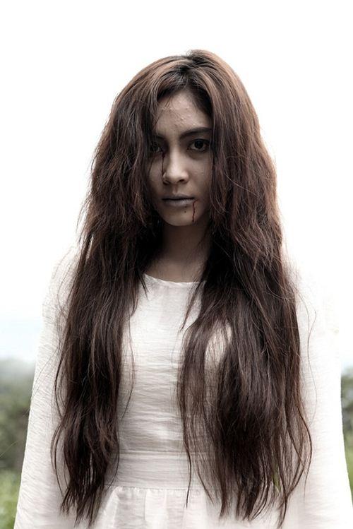 """Những Hoa hậu Việt không ngại """"xấu"""" trên phim - 10"""