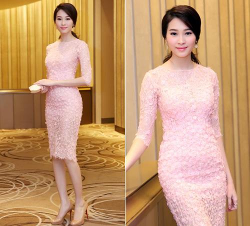 Mai Phương Thúy, Thủy Tiên cạnh tranh ngôi mặc đẹp - 7