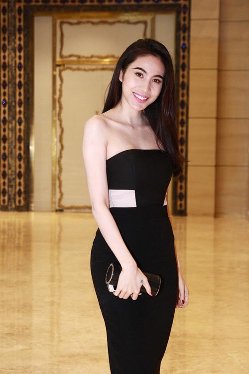 Mai Phương Thúy, Thủy Tiên cạnh tranh ngôi mặc đẹp - 3