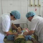 Sức khỏe đời sống - Cứu sống bệnh nhân có khối u chứa đầy xương và lông