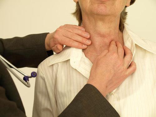 Viêm tuyến giáp: Bệnh nguy hiểm - 1