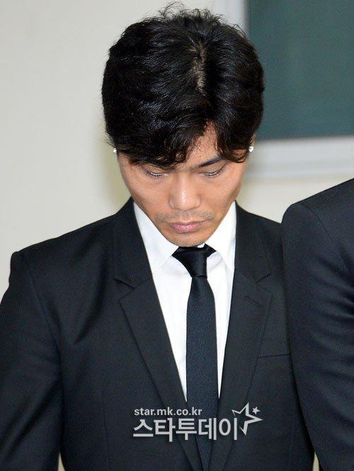Đám tang đẫm nước mắt của nữ ca sỹ Hàn 23 tuổi - 5
