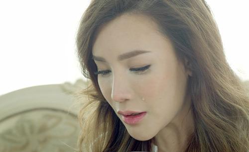 """Hương Hồ bật khóc vì """"Nụ hôn cuối cùng"""" - 2"""