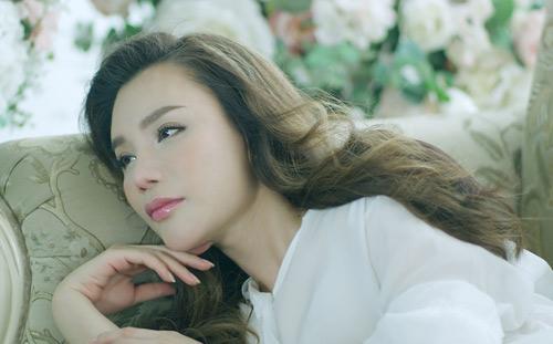 """Hương Hồ bật khóc vì """"Nụ hôn cuối cùng"""" - 3"""