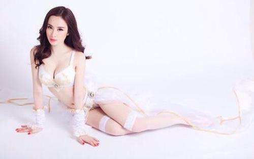 Những bộ ngực hoàn hảo nhất của mỹ nhân Việt - 4