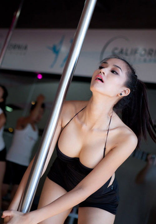 Những bộ ngực hoàn hảo nhất của mỹ nhân Việt - 6