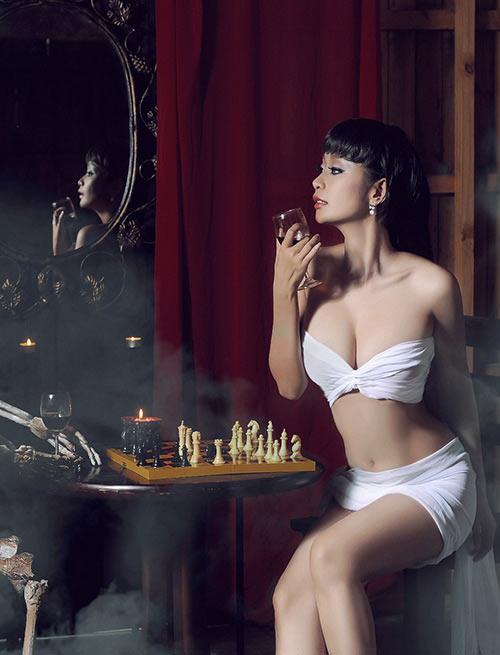 Những bộ ngực hoàn hảo nhất của mỹ nhân Việt - 14