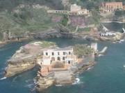 Tin tức trong ngày - Bí mật hòn đảo tuyệt đẹp bị nguyền rủa ở Ý
