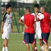 Thầy Giôm gặp riêng một số cầu thủ U19 VN trước CK