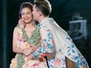 Thời trang - Hoàng Thùy Linh mặc váy hoa 300 triệu làm vedette