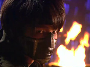 Video: Cảnh võ thuật đẹp mắt của mỹ nam Lee Jun Ki