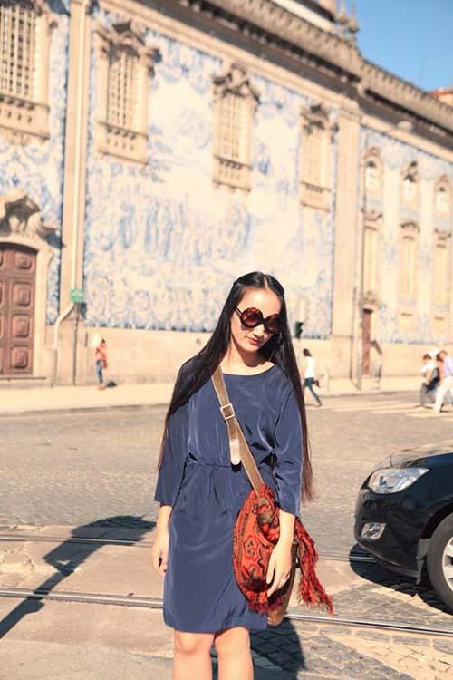 Nữ họa sĩ Việt ấn tượng bởi gu thời trang lãng mạn - 6