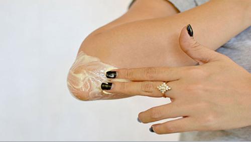 8 mẹo cực hay giúp khuỷu tay trắng mịn - 3