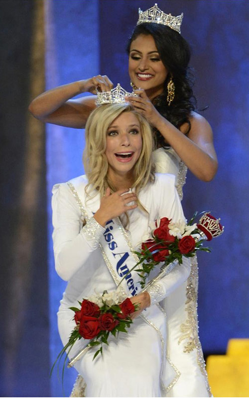 Tân hoa hậu Mỹ 2015 bị chê kém sắc