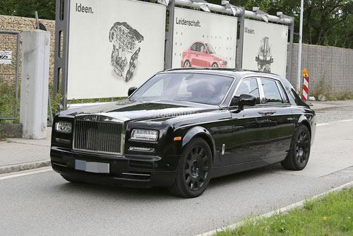 Rolls-Royce Phantom mới hiện nguyên hình - 1