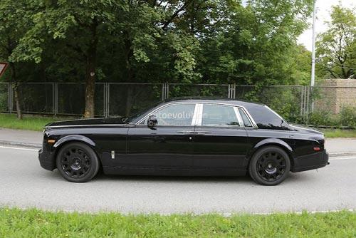 Rolls-Royce Phantom mới hiện nguyên hình - 6